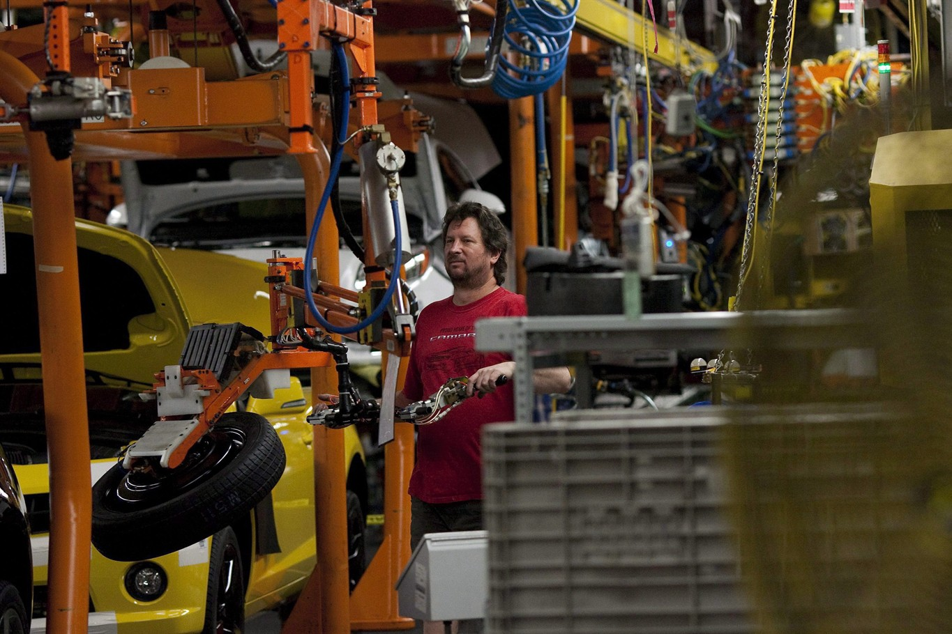 GM slashing 15% of N. American jobs, discontinuing several vehicle models
