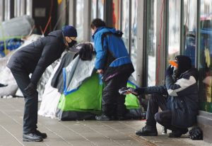 'Cannot wait to do it': the push to vaccinate Montreal's homeless