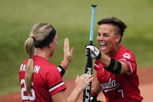 Canada edges Mexico to capture bronze in women's softball at Tokyo Olympics