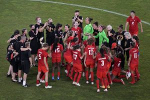 Canada advances to women's soccer final with 1-0 win over United States